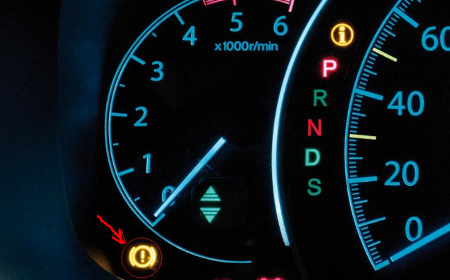 Датчик износа тормозных колодок: как работает, тормозные колодки с датчиком износа, электронные и механические виды