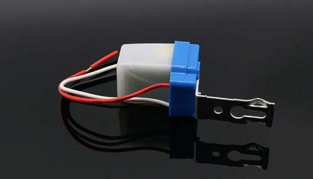 Датчик света для уличного освещения: что это, как подключить самому